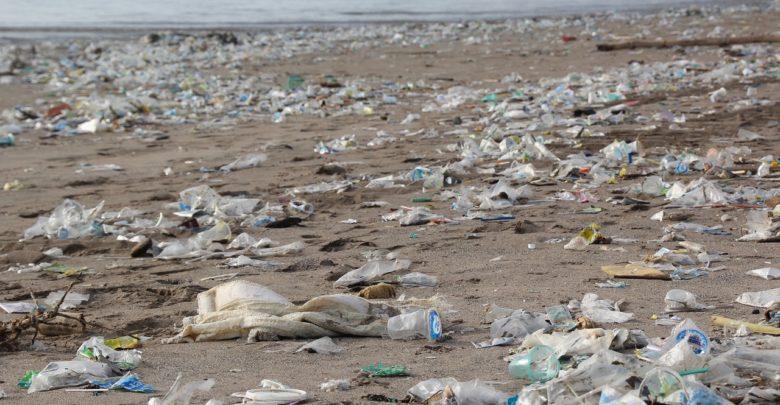 plastic-pollution-blockchainland