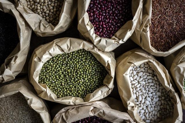 agriculture-trade-grain-blockchainLand